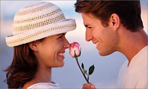 Муж хочет рассмотреть все прелести жены