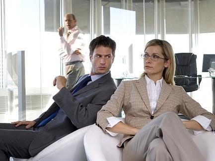 супруги работают вместе. можно ли супругам работать вместе. муж и жена работают вместе. можно ли работать вместе с мужем.