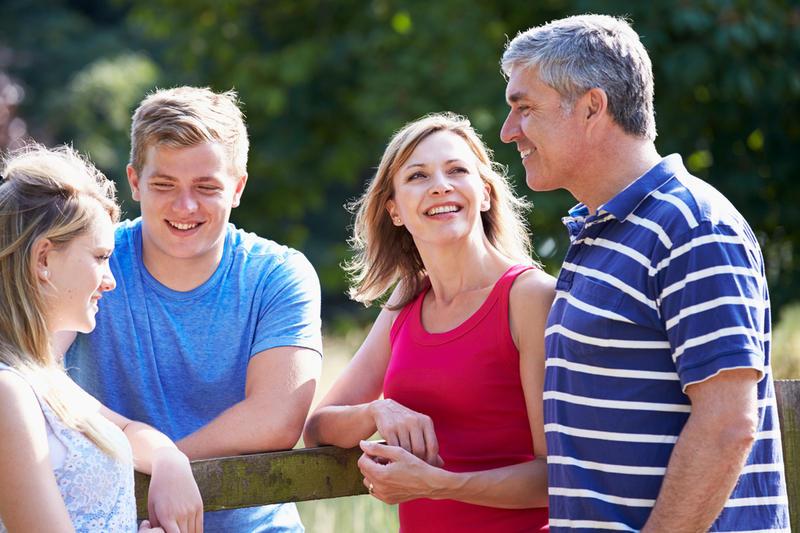 знакомство с родителями. как познакомить с родителями. хорошее знакомство с родителями.